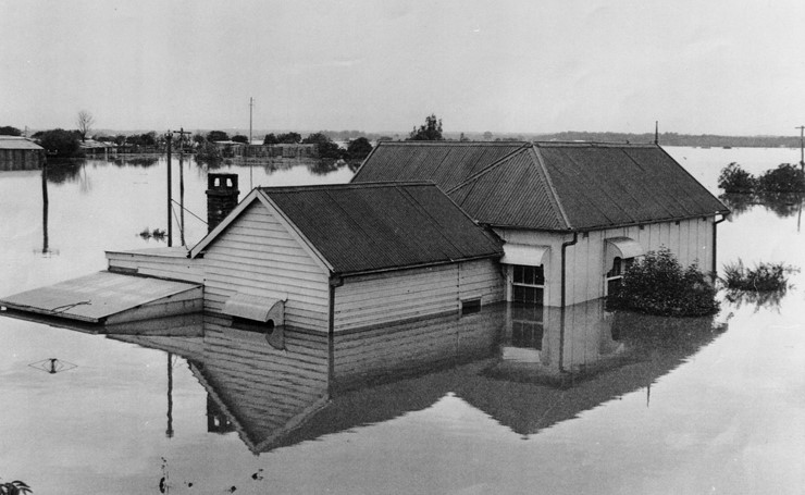 Flooded house, Mileham Street in South Windsor (November 1961) - Photo courtesy Barry Gibbs collection Hawkesbury City Council Library Service